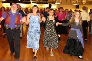 Contra Line Dancing
